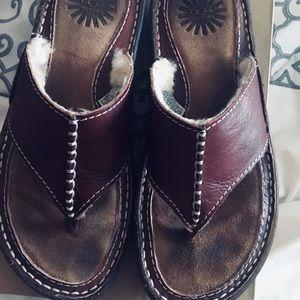 UGG Layback Sandals Size 6